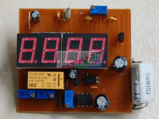 首先是电流探测部分电路:   电流探测用的探测电阻只有20毫欧,很难找,因此我在制作的时候选择了5个0.1的电阻并联起来,有点难看,因为我在电路板设计时候没有给这些电阻留这么大的空间,粗铜线空间大,放不下去,最后就用0.1电阻并联了,反正做好以后安装到电源里面,外面看不见不影响美观。   20毫欧电阻取样得到的电压经过精密运放进行放大,这里取放大倍数为28,当电流为1.