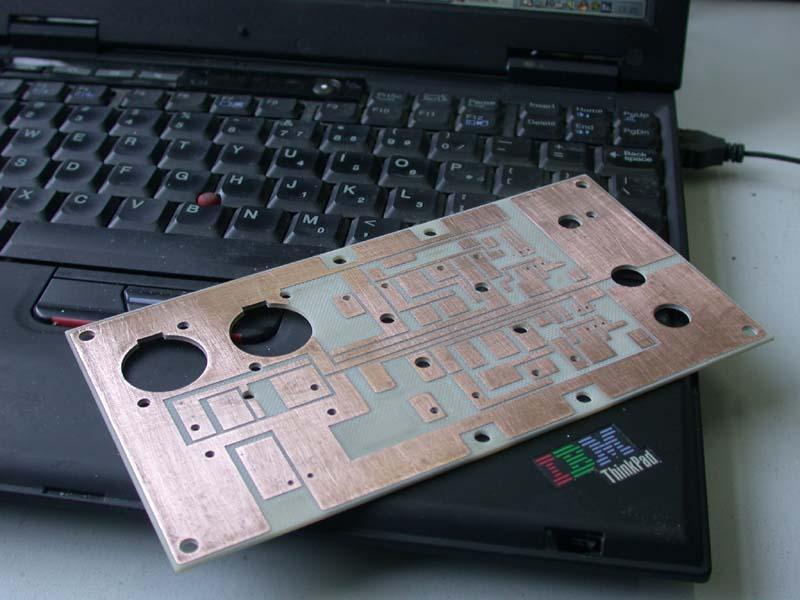 首页 电路图 音频电路 >> 简易耳放电路的制作    耳放的电压放大采用